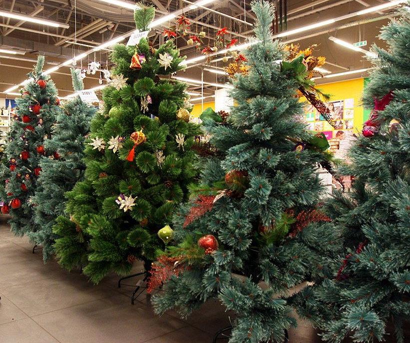 Как выбрать искусственную елку для дома